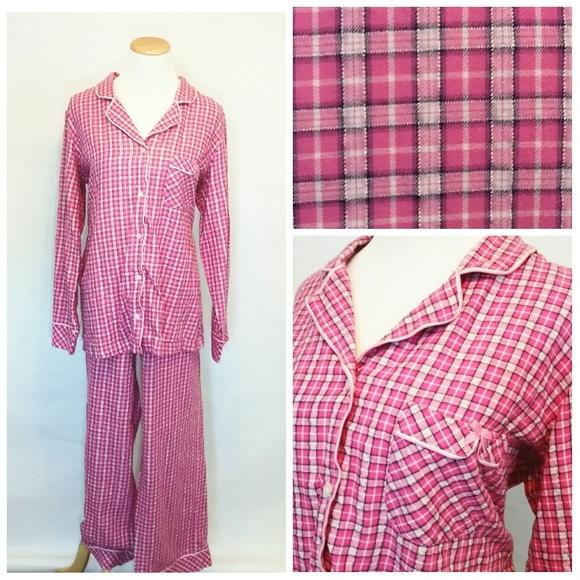 696f16ec80 Victoria s Secret Pajama Set Size Large. M 5a8f6c956bf5a60ff2337f8d